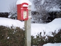 Winter - postbox
